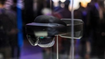 Microsoft secures $22 Billion deal to Outfit US Army with AR Headsets