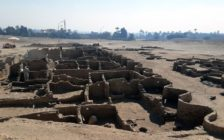 egypt discovers lost city