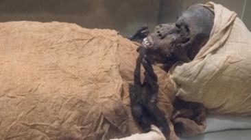 egyptian mummies moves