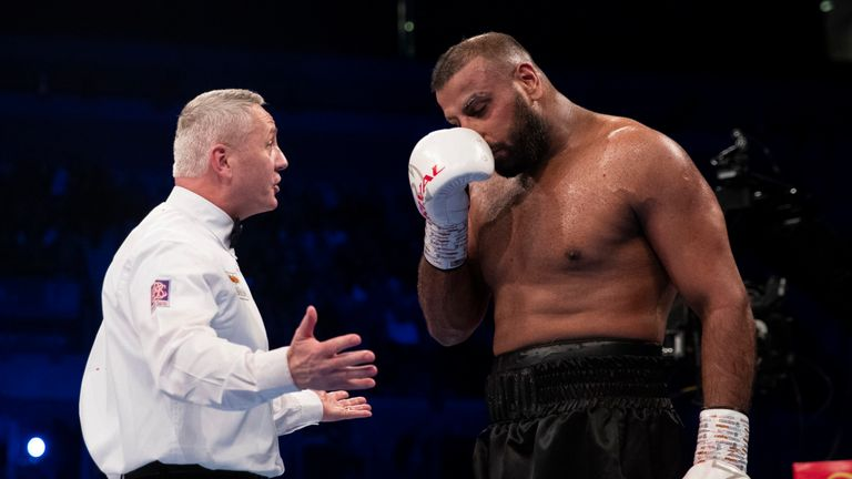 British boxer suspended for biting opponent