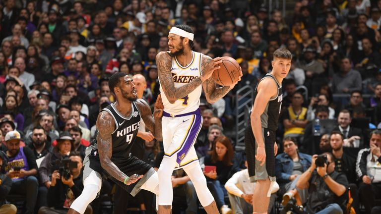 LA Lakers rebound against Sacramento Kings