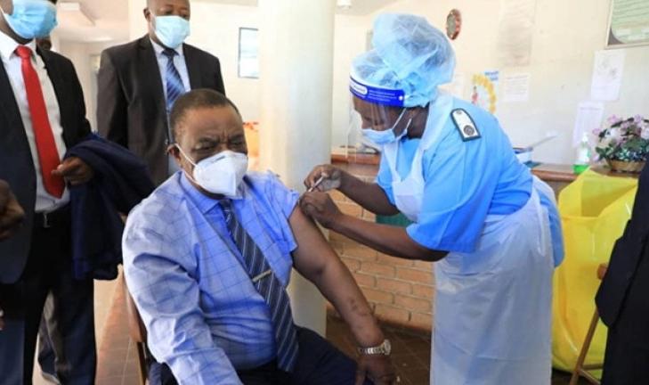 zimbabwe orders compulsory vaccinations